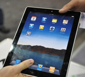 Планшет Apple iPad 2